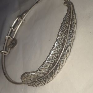 Alex & Ani QUILL FEATHER WRAP FLASH PRICE!